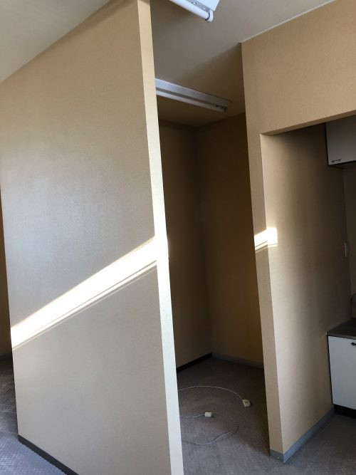 室内に造り付けられた謎の小部屋